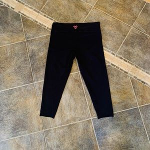 TNA (Aritzia) Cropped Leggings
